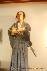 近江屋事件 : シリコン製の坂本龍馬像