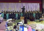 東日本大震災 : 避難所での卒業式(共同通信社写真無断掲載)