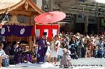 祇園祭 くじ取り式 : 四条堺町の「くじ改め処」で奉行がくじ順を改める