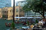 信長忌 本能寺の変 : 現在の国際マンガミュージアムは二条殿址