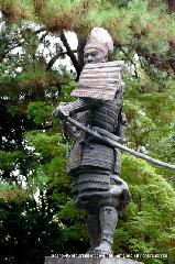 信長忌 : 織田信長銅像
