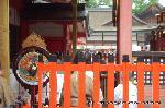 お田植祭  : 神田斎場での神事の前に本殿での神事がある