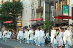 祇園祭 神宝奉持列 : 弓のあとは矢