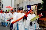 祇園祭 神宝奉持列 : 矢の次か剣 持ち方にばらつきが見られる