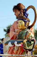 二十五菩薩お練り供養 : 金蔵(こんぞう)菩薩は箏(そう/八雲の琴)
