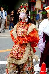 三船祭 春祭 : 蘭陵王の舞人