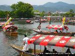 三船祭 春祭 : 風車、吹流しの舟は扇が流される船